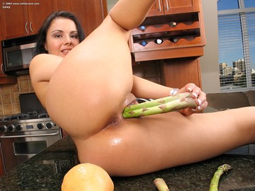 Vegetable to masturbate video a Using