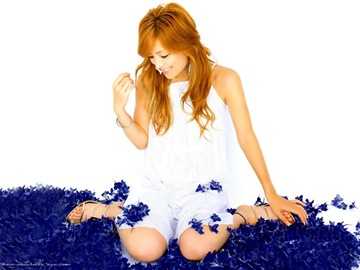 Wallpaper13 Ayu